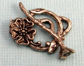 Toggle Clasp Dogwood Antique Pewter AP78