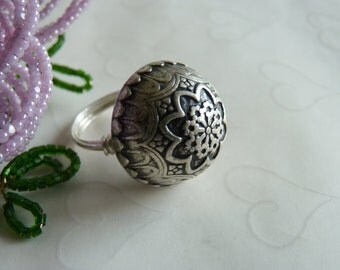 Antique Silver BIG Dome Metal Ring, Metal Button, Chic, Bold, Vintage Inspired Metal Button Ring