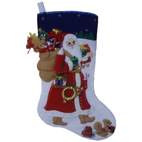 Old fashioned santa handcrafted finished by sparetimecreations for Fashion christmas stockings