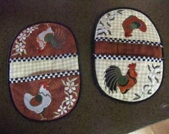 Set of Finger Tip Rooster Chicken Pot Holders