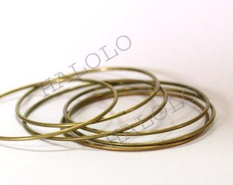 5 pcs antique bronze finish bangles closed circles 68mm (D381)