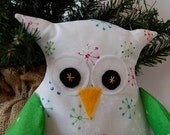 White Owl Tree Topper White with Retro Snowflakes