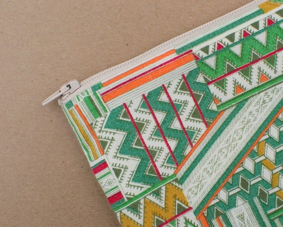 Handmade Zipper Pouch with Vintage Triangle Fabric