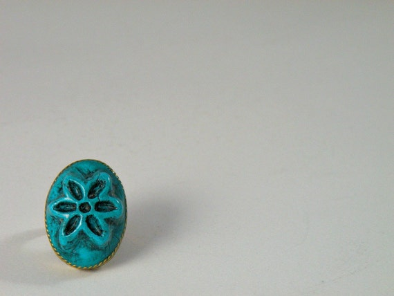 Adjustable Antique Finish Turquoise Oval Ring