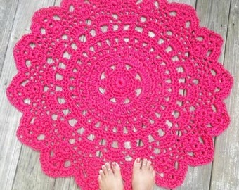 "Raspberry Pink Outdoor Cord Crochet Rug in 35"" LAST ONE"