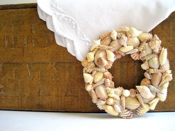 Vintage Seashell Sailor Art Wreath / Beach House Chic / Nautical