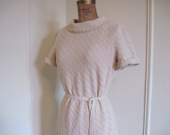 1960s Oatmeal Knit Day Dress - size medium to large