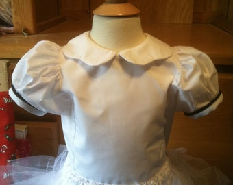 Toddler Girls Blouse with Scalloped Collar Size 1/2-4