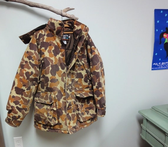 Vintage 1970s Mens Camo Jacket Duck Hunting Coat Mount