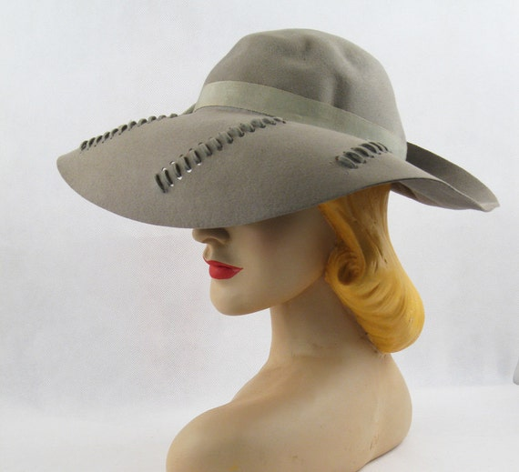 Vintage 1940s 40s Wide Brim Sage Green Fedora by Touster