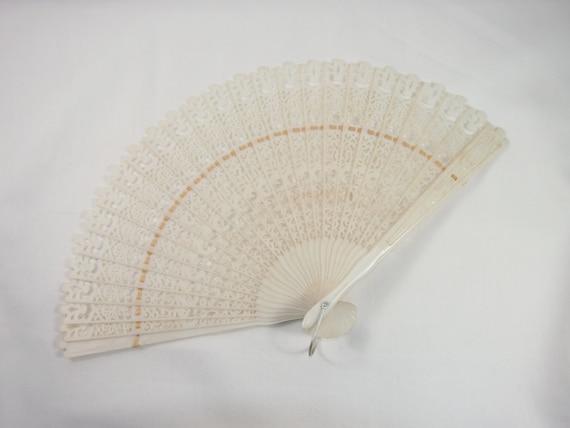 Plastic Filigree Vintage 50s Folding Fan
