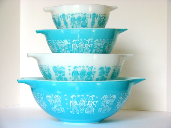 Vintage Pyrex Butterprint Turquoise and White Cinderella Bowl Complete Set