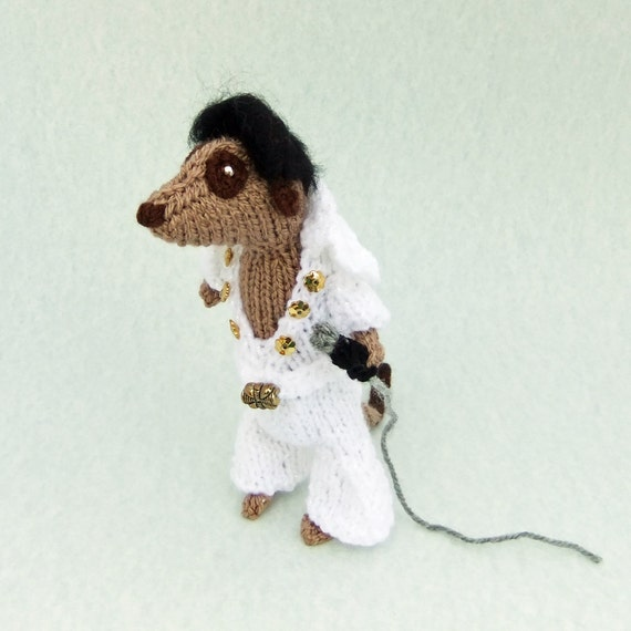Elvis Presley Meerkat, handknitted in 70s style, white sparkly jumpsuit, musical meercat, musician, singer rockstar