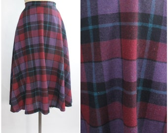 Vintage 1970s Soft Wool Skirt   Plaid Midi Skirt   1970s Bias Cut Full Skirt   XS - S