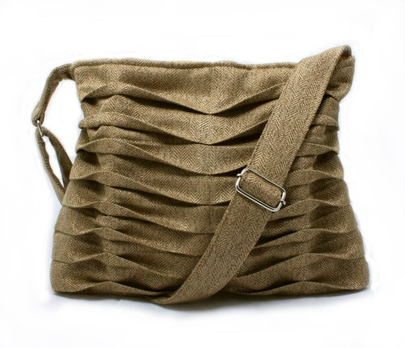 Handbag Purse in Pleated Tan