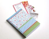 Large Coupon Organizer with 14 Pockets - Pre Printed Labels Included - Dainty Flowers