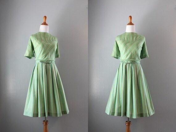 1960s Dress / Vintage 60s Full Skirt Pleated Dress / Nelly Don Day Dress