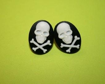 Small Black Skull & Crossbones Cameo Earrings