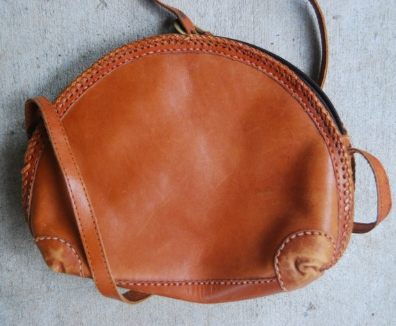 Vintage 1980s Medium Sized  Leather Roundabout Purse With Fabric Interior RESERVEDFORLOVEISANYTHINGPOSSIBLE