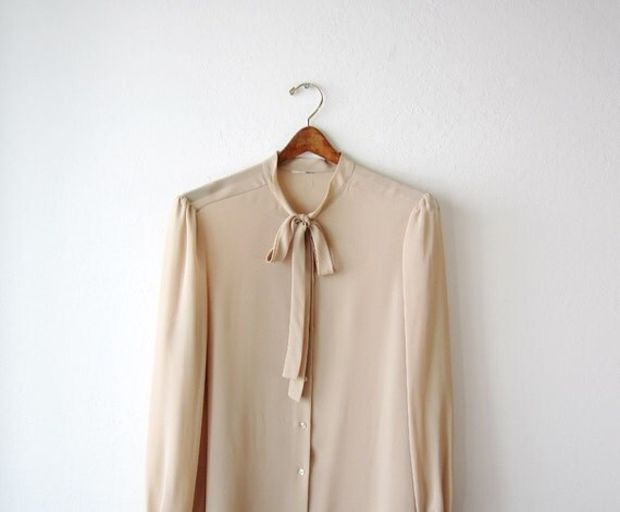1970s Sheer Tan Bow Tie Blouse Size Medium to Large
