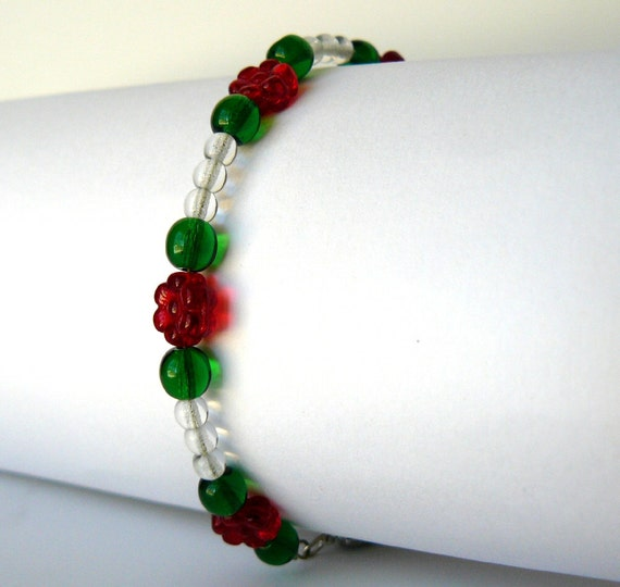 SALE Red, White and Green Christmas Bracelet Beaded Holiday Jewelry Red Flowers Beadwork Bracelet Free Shipping