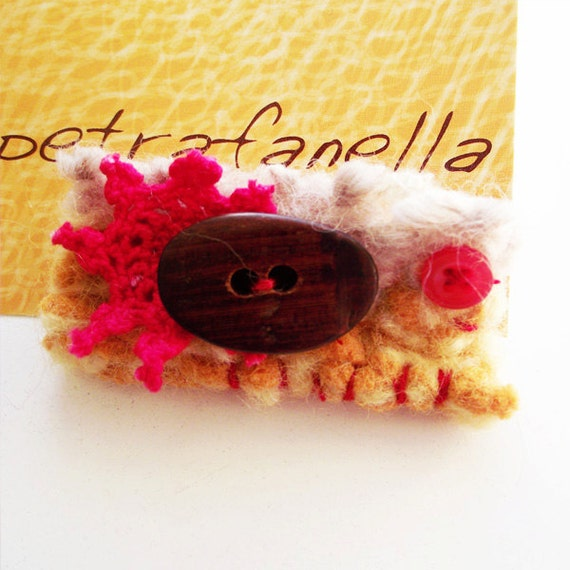 SALE - Felt Button Brooch felted knitting pinback red yellow textile jewellery