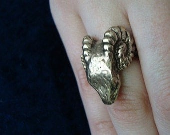 Vintage Big Ram Ring 1970's Scary Ram Silver tone