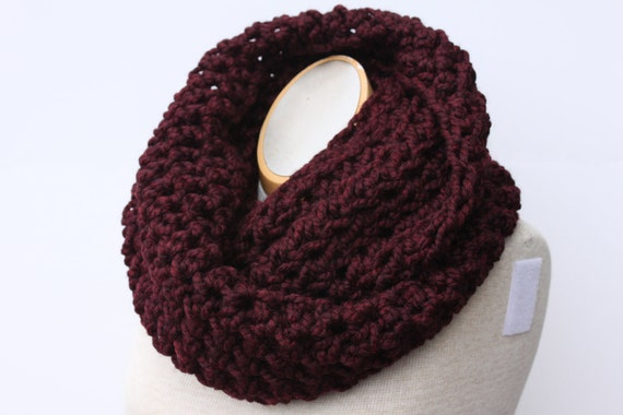 Burgundy Scarf, Wine Scarf, Infinity Scarf, Chunky Scarf, Snood, Circle Scarf, Knit Scarf in Claret, Cowl Scarf