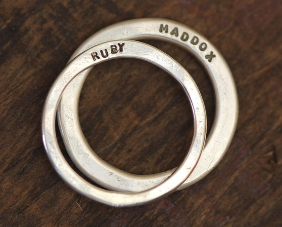 Wedding Ring Set Modern Personalized Set of Wedding Bands (E0279)