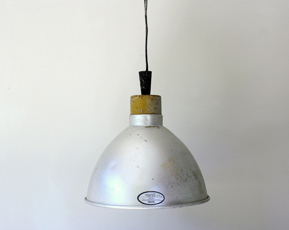 vintage industrial lamp shade fixture. Black Bedroom Furniture Sets. Home Design Ideas