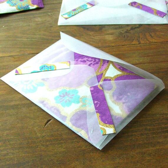 5 purple posies notecards w/vellum envelopes