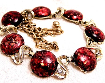 Vintage Coro Red Confetti Necklace. J16