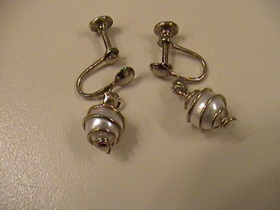 Wire wraped pearls