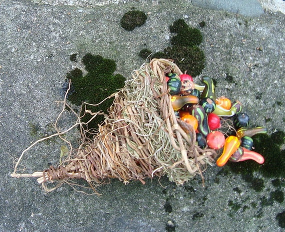 Mini Cornucopia Rosemary Ivy Woven Rustic Outdoors Eco Thanksgiving Table