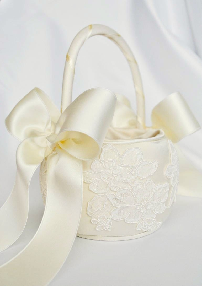 Ivory Flower Girl Baskets Australia : Ivory flower girl basket alencon lace