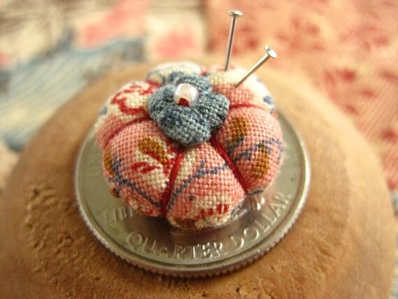Picca-Little Miniature Pincushion for Dolls - Vintage Pink