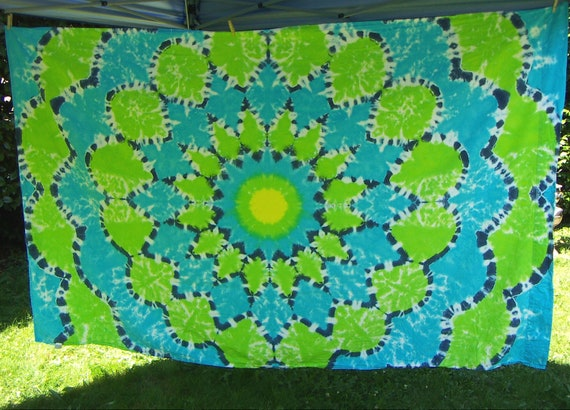 Tie Dye Top Sheet Twin Sized Blue And Green Flower Ready To