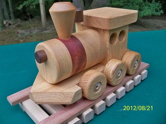 Train Set  6 Car  Oak  Mahogany & walnut  Free Ship all September FREE SHIP