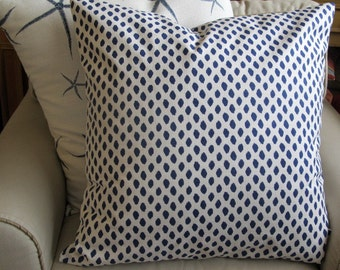 EURO SHAM 26x26 in blue dots on white flax