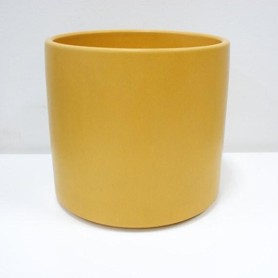 Gainey Ceramics Architectural Planter Mustard Tone