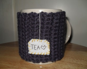 Crocheted tea mug cozy cup cozy in dark violet with hanging TEA patch
