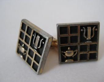 Shabby Gold Black Cuff LInks Vintage