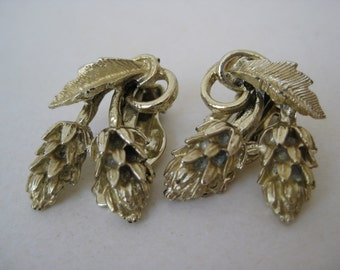 Gold Flower Earrings Clip Vintage