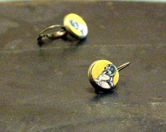 Coyote stud earrings