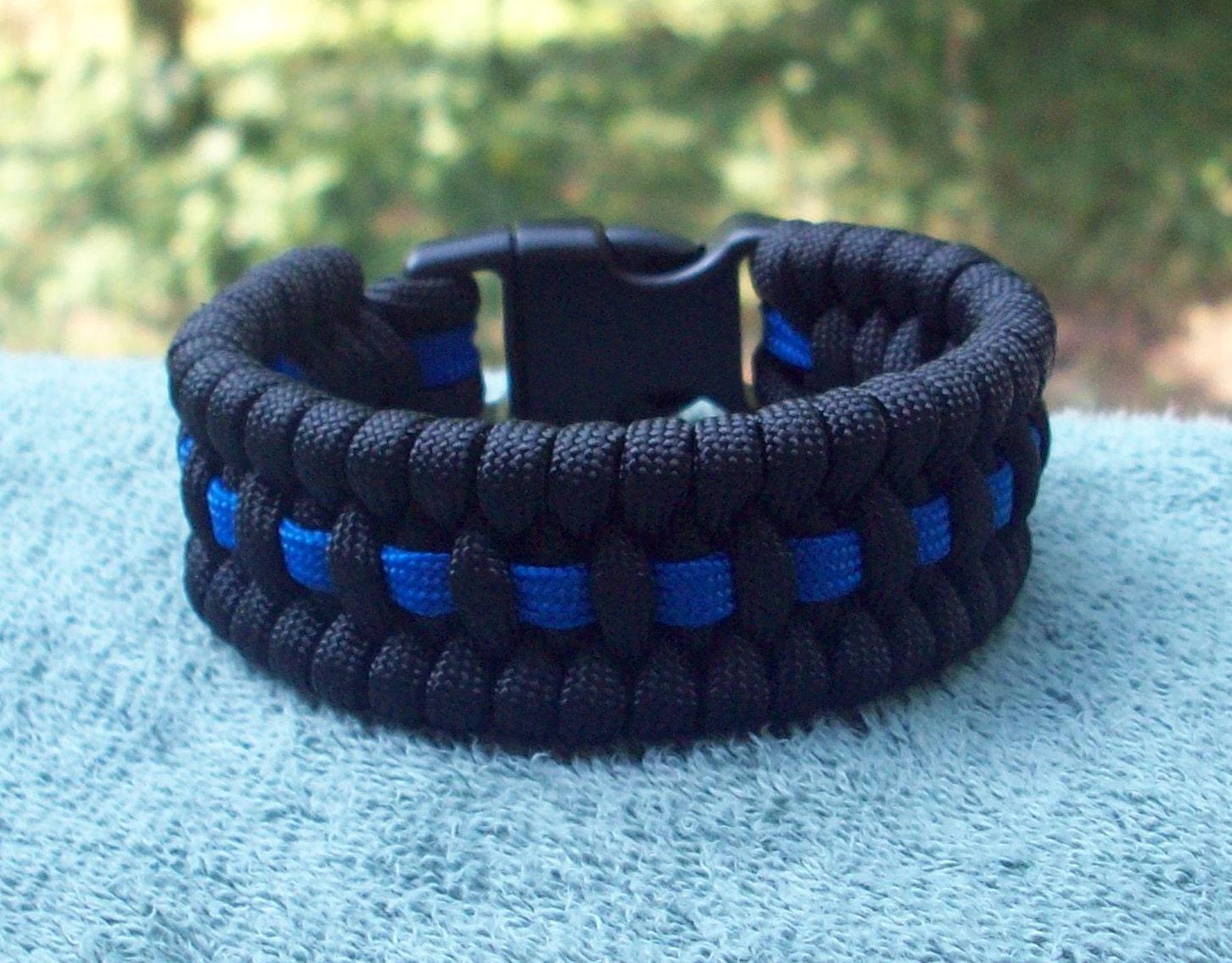 thin blue line paracord bracelet police. Black Bedroom Furniture Sets. Home Design Ideas