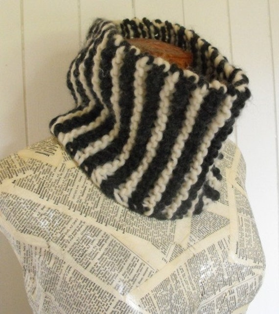 Hand Knit  Soft Wool Cowl Neck Warmer for Men and Women
