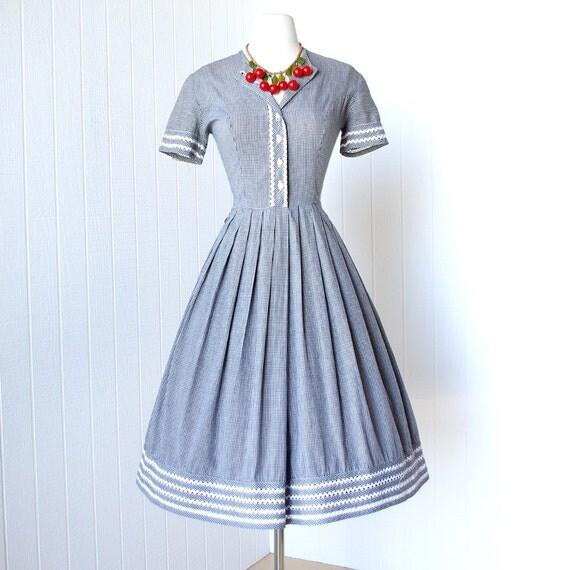 vintage 1950's dress ...classic girl next door BLACK & WHITE GINGHAM cotton peek-a-boo trim full skirt pin-up shirtwaist dress