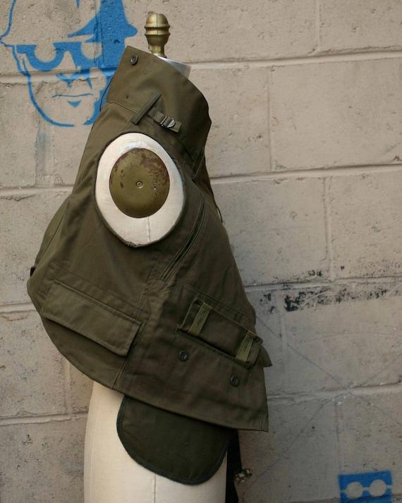 Women's Outerwear Military Vest , Fall Fashion , Army Green Sleeveless Jacket