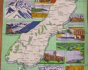 PRICE REDUCED Colorful Vintage New Zealand Souvenir Linen Tea Towel MINT