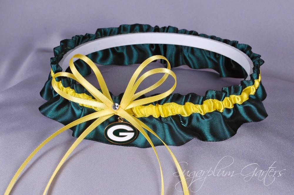 Green bay packers wedding garter for Green bay packers wedding dress